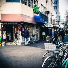 Little streets of #Tokyo #Japan (by nipponrama)