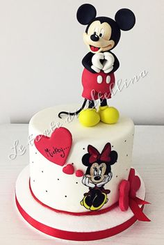 L amour - cake by graziastellina Mickey And Minnie Cake, Minnie Mouse Cookies, Bolo Minnie, Mickey Cakes, Baby Birthday Cakes, Baby Boy Cakes, Cakes For Boys, Mini Tortillas, Buttercream Cake