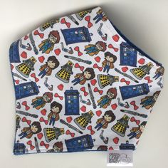 Doctor Who baby bib, Doctor Who bandana bib, Doctor Who baby gift, baby shower gift, gender neutral bandana bib, TARDIS bib, dalek bib Green Leaf Babys bandana bibs are ideal for catching drool and spit-up, or just for adding some flare to any outfit! -Adorable Doctor Who peeps printed super high-quality 100% cotton front, super soft and absorbent minky backing. -2 sizing snaps allow for small and large size options. -15 wide at the top and 8.5 tall at the point -machine washable and dryer…
