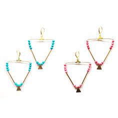 BO créoles triangle Howlite (turquoise ou rose) via AMAbijoux. Click on the image to see more!