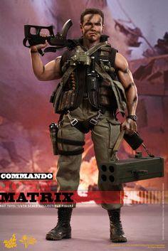 Hot Toys MMS Commando: Arnold Schwarzenegger as John Matrix Military Action Figures, Custom Action Figures, Gi Joe, Arnold Schwarzenegger Bodybuilding, Tough Guy, Figure Model, Film Serie, Action Movies, Predator