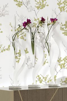 Os pequenos pormenores fazem a diferença. Refresque o look de sua casa com peças decorativas inspiradas no look Primavera/Verão 2012.    www.antarte.pt