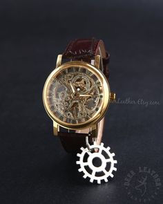 Hey, I found this really awesome Etsy listing at https://www.etsy.com/listing/233970358/mens-mechanical-watches-steampunk