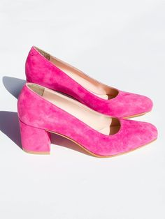 """Classic pump in smooth leather with a slightly squared toe and 2 5/8"""" block heel. Slips on. Fits true to size. Made in Turkey. Color: Fuschia Suede Sizing: American"""