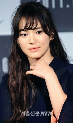 Song Hye Kyo 송혜교 - Stay home, Stay safe Korean Actresses, Korean Actors, Actors & Actresses, Pretty Asian Girl, Beautiful Asian Girls, Korean Beauty, Asian Beauty, Song Hye Kyo Style, Korean Celebrities
