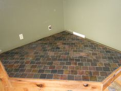 raised wood stove hearth - Google Search More Wood Stove Hearth Pads, Wood Stove Surround, Wood Pallet Crafts, Wood Pallets, Fireplace Mantle, Corner Fireplaces, Wood Burning Stove Corner, Stove Installation, Wood Stove Cooking