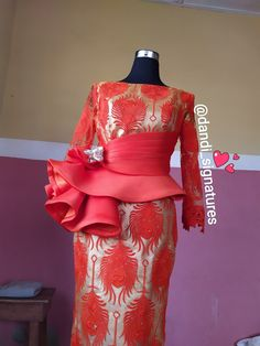 African Fashion Traditional, African Inspired Fashion, African Print Fashion, African Wedding Attire, African Attire, Latest African Fashion Dresses, African Dresses For Women, African Print Dress Designs, Lace Dress Styles