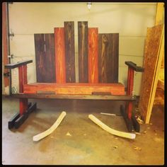 Swinging bench from pallets #Bench, #Furniture, #Pallets