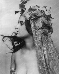 Sexy Victorian Lady Wrapped In Vines Old 8x10 Reprint Of Old Photo