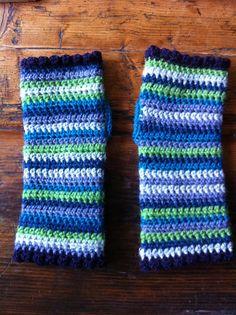 Ravelry: daisybd's fingerless mittens