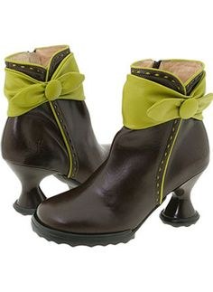 John Fluevog shoes.....oh! He needs to bring these back!