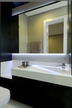 A31 Residência : Banheiros modernos por Canisio Beeck Arquiteto