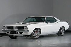 .Slick Plymouth Barracuda