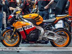 Honda CBR1000RR Repsol 2013 - http://itsallstyletome.com/2012/12/08/the-bike-shows-toronto-2012/