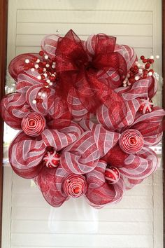 Christmas Wreath  Red and White Christmas
