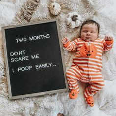 Baby two month letterboard - 2 month old baby milestones - Monthly Baby Photos, Newborn Baby Photos, Newborn Baby Photography, Photography Props, Family Photography, Halloween Baby Pictures, Baby First Halloween, Fall Baby Pictures, Funny Baby Pictures