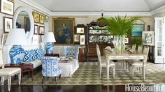 Combined dining and sitting room with a fabulous English-colonial flair and faux limestone walls in designer Amanda Lindroth's home in Lyford Cay, Bahamas. Chinoiserie, Bahamas House, Striped Chair, Kings Home, British Colonial Style, Enchanted Home, Victoria, Decoration, Beautiful Homes