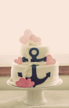 A wonderful cake! Love the anchor and rope.