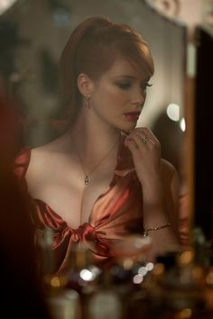 """donejustdone: """" fuckyeah-nerdery: """" msstormageddonrulerofall: """" the-ever-so-odious: """" for-redheads: """" Christina Hendricks for Vivienne Westwood - photographed by Greg Williams """" *shrivels up in a. Beautiful Christina, Beautiful Redhead, Beautiful Celebrities, Beautiful People, Beautiful Women, Christina Hendricks Bikini, Cristina Hendrix, Bobe, Up Girl"""