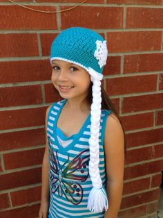 Frozen Ice Queen crocheted beanie  I used this free pattern: http://mangotreecrafts.blogspot.ca/2014/11/ice-queen-crochet-hat-pattern.html?m=1