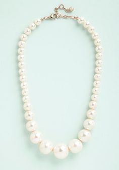 Grand Central Sophistication Necklace. Flaunt your style grandeur in the station concourse with this pearl necklace - a ModCloth exclusive! #cream #wedding #modcloth