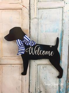 Your place to buy and sell all things handmade Dachshund Art, Dachshund Gifts, Golden Retriever Gifts, Welcome Wood Sign, Candle Arrangements, Wood Dog, Country Crafts, Dog Signs, Scottie Dog
