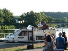 Les Frelots débarquent en bord de Saône !