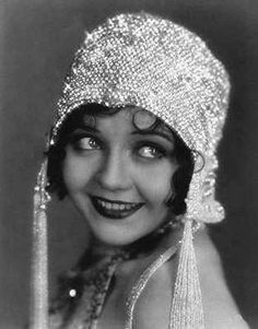 1920's Flapper Beaded Cloche Hat ...