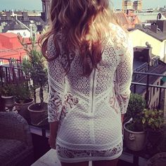WHITE DETAILED LACE DRESS
