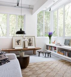 bright space + white background #decor #salasdeestar #livingroom