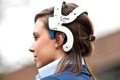 Healthcare and #wearable technology: monitoring the connected body - IMEC's electroencephalographic headset