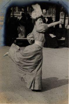 Paris, Helen du Bois plays handball, 4th June 1906    Edwardian Street Fashion in London and Paris - Retronaut