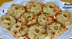 Manto Pyazi 😋For full Recipe Visit Mazar Cuisine Youtube Channel  منتوی پیازی به شکل کاملا جدید برای طرز تهیه از یوتیوب چاینل مزار کوزین دیدن نمایید تشکر Mantu Recipe, Momos Recipe, Dumpling Recipe, Afghan Food Recipes, My Recipes, Cilantro, Yogurt, Veg Momos, Wassail Recipe