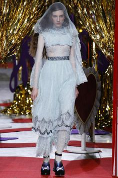 Meadham Kirchhoff Fall 2014 RTW - Runway Photos - Fashion Week - Runway, Fashion Shows and Collections - Vogue