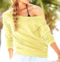 relaxed fit sweatshirt - perfect for the beach  http://rstyle.me/n/jj65mpdpe