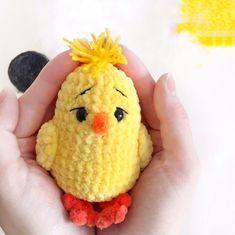 Crochet Animal Amigurumi, Amigurumi Toys, Crochet Animals, Crochet Toys, Crochet Bird Patterns, Crochet Birds, Kawaii Crochet, Cute Crochet, Hens And Chicks