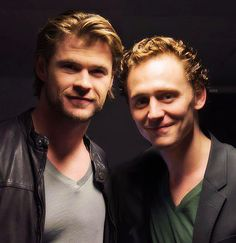 Tom Hiddleston and Chris Hemsworth via Twitter