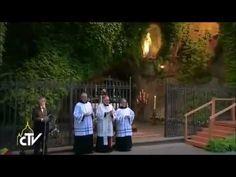 +Papa Francisco+ al celebrar el final del mes mariano. 31 DE MAYO 2014.MES DE LA VIRGEN.  EN LA GRUTA DE LA VIRGEN DE LOURDES. VIDEO CREADO POR ♤LOURDES MARÍA BARRETO♤