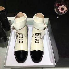 2016 Women Newest  Famous Lace up Classic  Bowtie C Boots  Lady Genuine Leather High end  Shoes Woman Hot Sale Botas Femininas