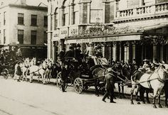 Guests arrival at the Shelbourne Hotel, 1900s.