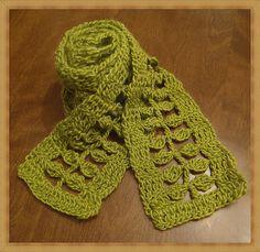 Free leaf scarf crochet pattern ...