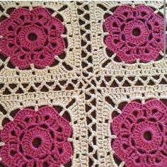 Interesting ideas for decor: Многообразие квадрата Crochet Flower Squares, Crochet Flower Tutorial, Granny Square Crochet Pattern, Crochet Blocks, Crochet Borders, Crochet Flower Patterns, Crochet Round, Crochet Motif, Crochet Flowers