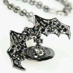 Vivienne Westwood Bat Orb Pendant|俺とxxx?