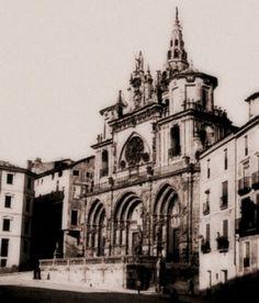Catedral, antes del hundimiento de la Torre del Giraldo, en 1902. Cuenca.