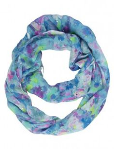 This is a pretty flower scarf