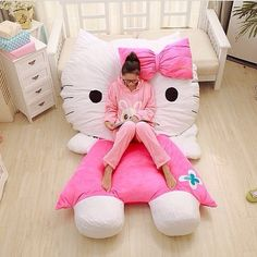 Taobao Personalized gifts hello kitty kitty creative (too cute! See board The Little Girl Inside) Hello Kitty Bed, Here Kitty Kitty, Patchwork Quilting, Birthday Gifts For Girlfriend, Sanrio, Personalized Gifts, To My Daughter, Little Girls, Kids Room
