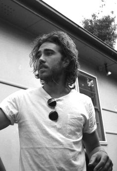 Piece of Cake Matt Corby, Cute Kiss, Hey Good Lookin, Piece Of Cakes, Man Crush, Music Artists, Beautiful Men, Crushes, The Incredibles