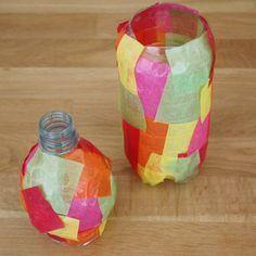 Bastelanleitung für Laterne aus Plastikflaschen: Eine Martinslaterne aus einer PET-Flasche und Transparentpapier schnell und einfach selber basteln