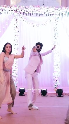 Indian Wedding Songs, Best Wedding Dance, Wedding Dance Video, Desi Wedding, Wedding Videos, Indian Bridal Outfits, Indian Fashion Dresses, Dance Choreography Videos, Dance Videos