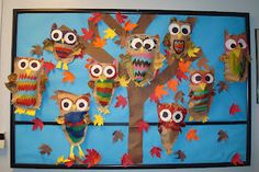 fall bulletin board ideas for preschool | Dollar Store-enhanced owl bulletin board via Izzy Share